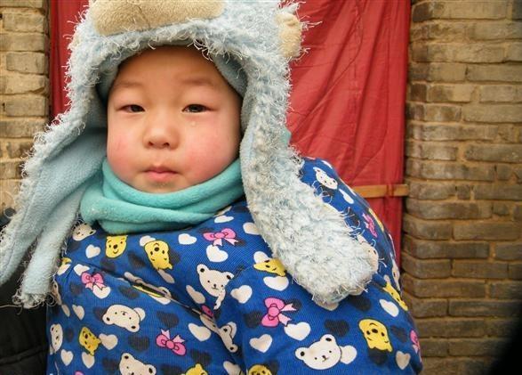 龙年的春节,别人都是举家欢庆,团团圆圆过大年,而孙熙那2岁的弟弟只能盼望着哥哥孙熙和爸爸妈妈早点来接他